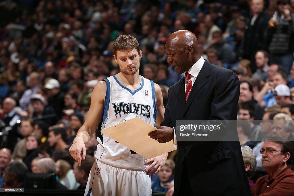 Terry Porter fills in as Head coach of the Minnesota Timberwolves for the night, and instructs Luke Ridnour #13 during the game against the Atlanta Hawks on January 8, 2013 at Target Center in Minneapolis, Minnesota.