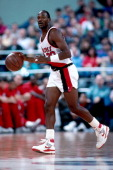 Terry Porter of the Portland Trailblazers dribbles at the Veterans Memorial Coliseum in Portland Oregon circa 1989 NOTE TO USER User expressly...