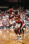 Terry Porter of the Portland Trailblazers shoots at the Veterans Memorial Coliseum in Portland Oregon circa 1992 NOTE TO USER User expressly...