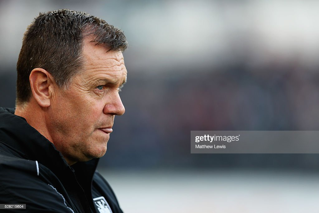 Terry Westley, manager of West Ham united U21's looks on during the Second Leg of the Premier League U21 Cup Final at the KC Stadium on May 04, 2016 in Hull, England.