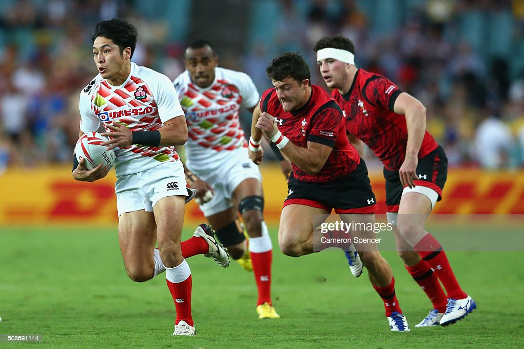 Teruya Goto of Japan makes a break during the 2016 Sydney Sevens match between Japan and Wales at Allianz Stadium on February 6, 2016 in Sydney, Australia.