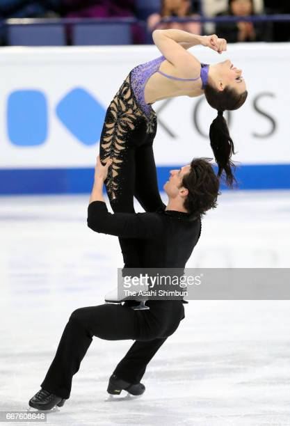 Tessa Virtue and Scott Moir of Canada compete in the Ice Dance Short Dance during day three of the World Figure Skating Championships at Hartwall...