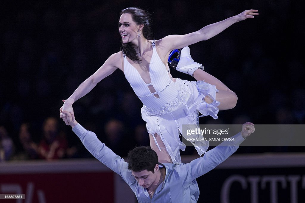 Tessa Virtue and Scott Moir of Canada perform during the exhibition program at the 2013 World Figure Skating Championships on March 17, 2013 in London, Ontario. AFP PHOTO/Brendan SMIALOWSKI