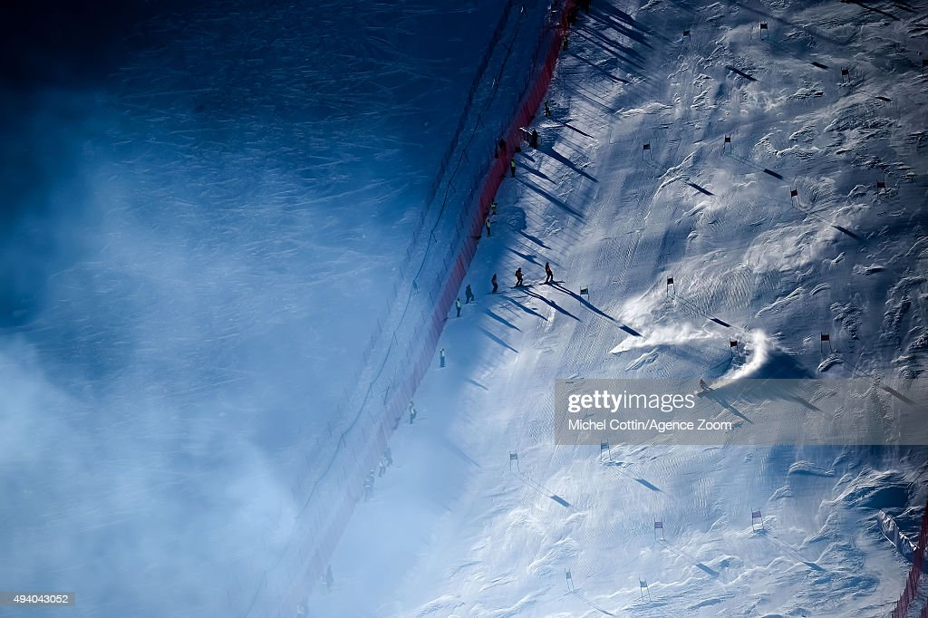 <a gi-track='captionPersonalityLinkClicked' href=/galleries/search?phrase=Tessa+Worley&family=editorial&specificpeople=855344 ng-click='$event.stopPropagation()'>Tessa Worley</a> of France in action during the Audi FIS Alpine Ski World Cup Women's Giant Slalom on October 24, 2015 in Soelden, Austria.