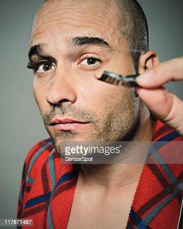 Testing eyelashes