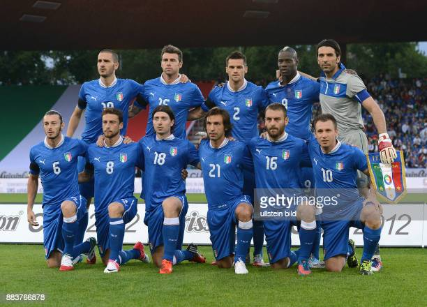 FUSSBALL INTERNATIONAL EM 2012 Testspiel Italien Russland Mannschaftsbild Italien Leonardo BONUCCI Andrea BARZAGLI Christian MAGGIO Mario BALOTELLI...