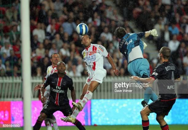 Tete de Pascal BERENGUER PSG / Nancy 7eme journee de Ligue 1