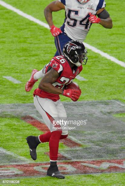 Tevin Coleman of the Atlanta Falcons carries the ball against the New England Patriots during Super Bowl 51 at NRG Stadium on February 5 2017 in...