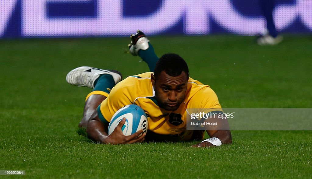 Tevita Kuridrani of Australia scores a try during a match between Argentina Los Pumas and Australia Wallabies as part of The Rugby Championship 2014...