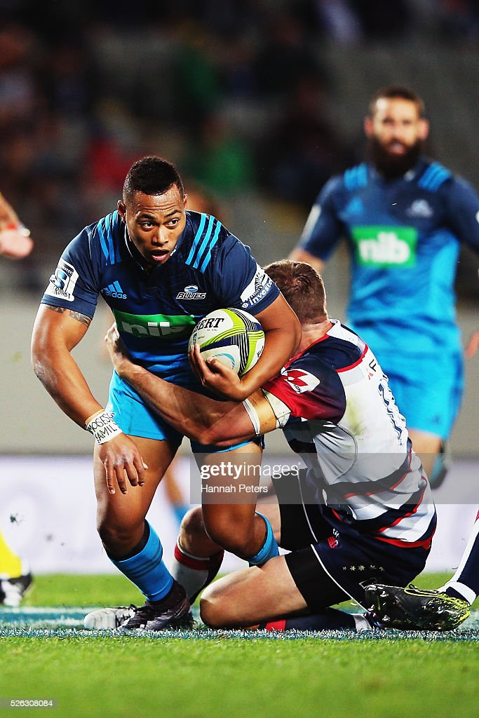 <a gi-track='captionPersonalityLinkClicked' href=/galleries/search?phrase=Tevita+Li&family=editorial&specificpeople=10115742 ng-click='$event.stopPropagation()'>Tevita Li</a> of the Blues charges forward during the Super Rugby round ten match between the Blues and the Melbourne Rebels at Eden Park on April 30, 2016 in Auckland, New Zealand.
