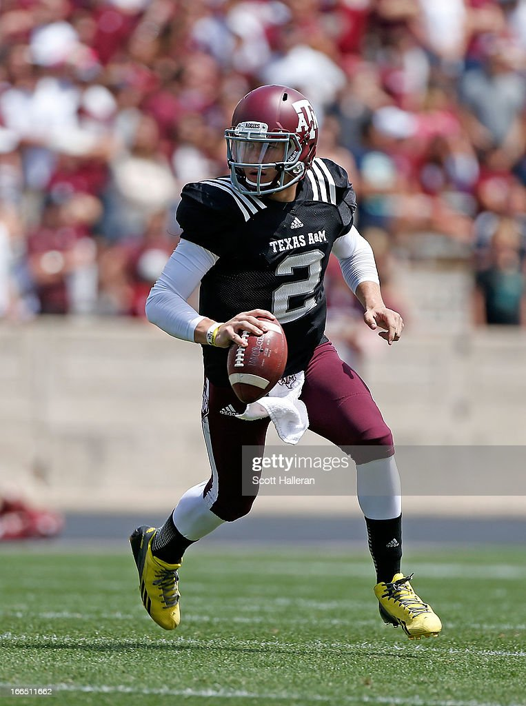 Texas A&M Aggies quarterback <a gi-track='captionPersonalityLinkClicked' href=/galleries/search?phrase=Johnny+Manziel&family=editorial&specificpeople=9703372 ng-click='$event.stopPropagation()'>Johnny Manziel</a> #2 looks to pass during the Maroon & White spring football game at Kyle Field on April 13, 2013 in College Station, Texas.