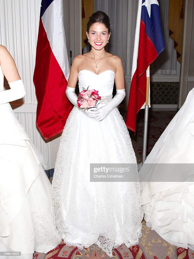 Texas debutante Elizabeth Lee Mitchell attends the 58th International Debutante Ball at The Waldorf=Astoria on December 29, 2012 in New York City.