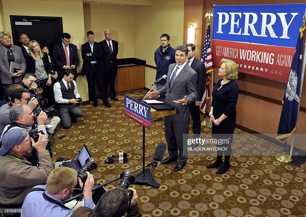 Texas Governor Rick Perry announces that he is suspending his campaign as a Republican presidential candidate, January 19, 2012, in Charleston, South Carolina, in advance of this weekend's January 21, 2012 Republican presidential primary. AFP PHOTO/Mladen ANTONOV