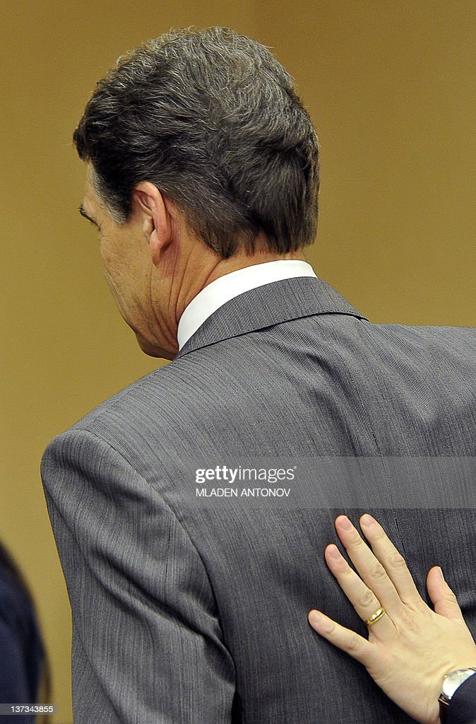 Texas Governor Rick Perry leaves after announcing that he is suspending his campaign as a Republican presidential candidate, January 19, 2012, in Charleston, South Carolina, in advance of this weekend's January 21, 2012 Republican presidential primary. AFP PHOTO/Mladen ANTONOV