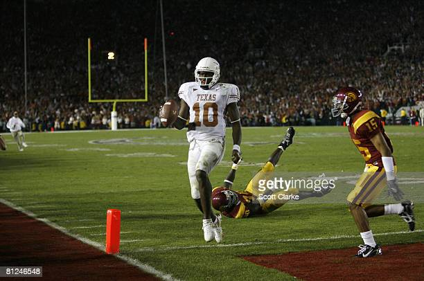 Texas Longhorn quarterback Vince Young scores the winning touchdown during the 2006 Rose Bowl game at the Rose Bowl in Pasadena California on January...