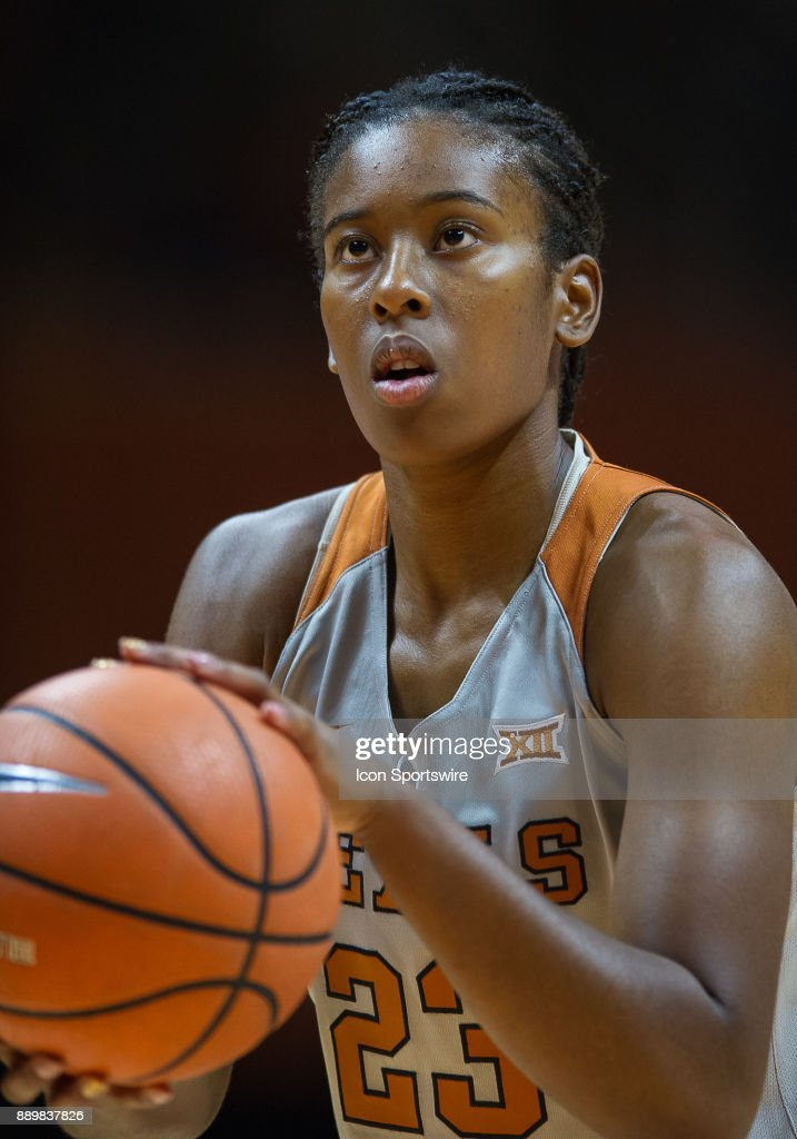 Texas Longhorns guard Ariel Atkins (23) shooting a free throw during a game between the Texas Longhorns and Tennessee Lady Volunteers on December 10, 2017, at Thompson-Boling Arena in Knoxville, TN. Tennessee defeated Texas 82-75.