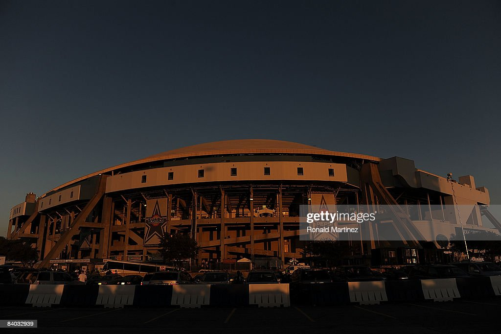 Texas Stadium at sunset before a game between the New York Giants and the Dallas Cowboys on December 14 2008 in Irving Texas