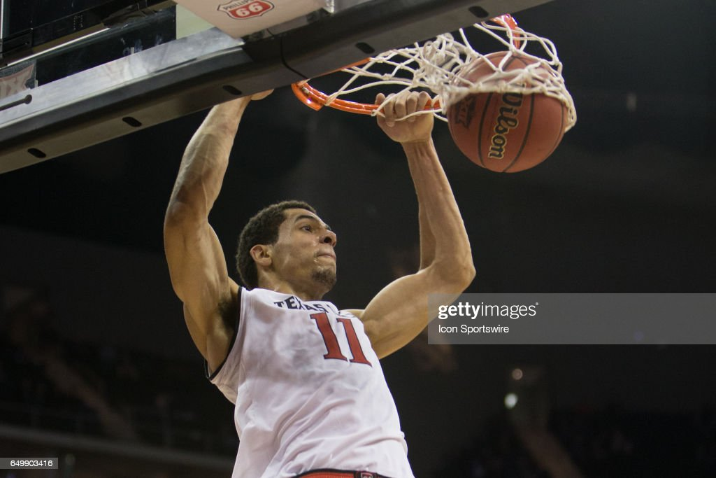 Texas Tech Red Raiders forward Zach Smith (11) dunks during the Big 12 conference mens basketball tournament game between the Texas Longhorns and the Texas Tech Red Raiders on March 8, 2017 at the Sprint Center in Kansas City, Missouri.