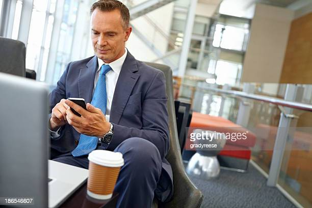Texting his client to confirm the meeting...