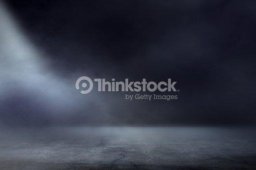 Texture dark concentrate floor with mist or fog : Foto de stock