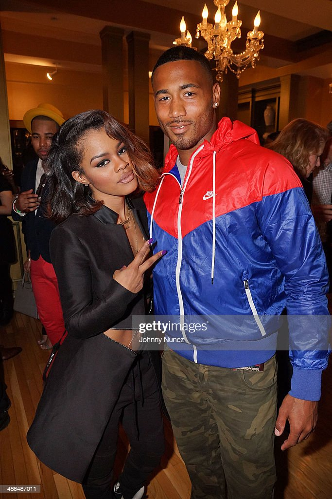 <a gi-track='captionPersonalityLinkClicked' href=/galleries/search?phrase=Teyana+Taylor&family=editorial&specificpeople=4224306 ng-click='$event.stopPropagation()'>Teyana Taylor</a> and Trevor Reckling attend the Draft Classic Schuyler Gifting Suite at Gilded Lily on May 6, 2014 in New York City.