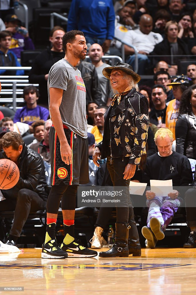 Thabo Sefolosha #25 of the Atlanta Hawks talks to NBA Superfan, James Goldstein before the game against the Los Angeles Lakers on November 27, 2016 at STAPLES Center in Los Angeles, California.