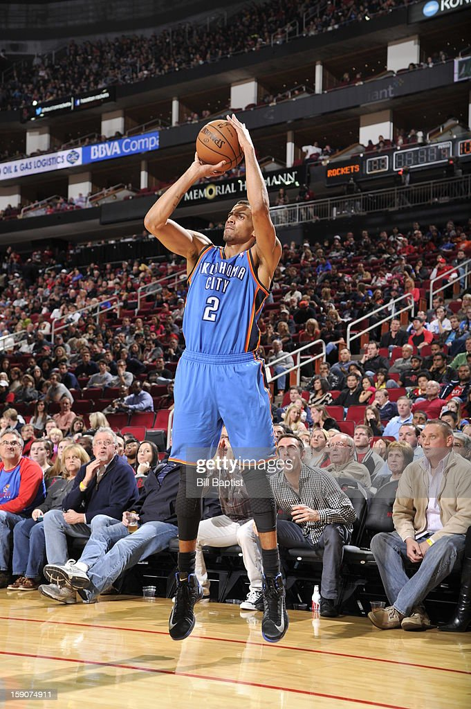 Thabo Sefolosha #2 of the Oklahoma City Thunder shoots against the Houston Rockets on December 29, 2012 at the Toyota Center in Houston, Texas.