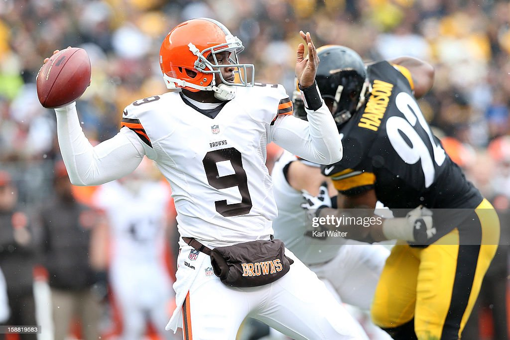 <a gi-track='captionPersonalityLinkClicked' href=/galleries/search?phrase=Thaddeus+Lewis&family=editorial&specificpeople=4599140 ng-click='$event.stopPropagation()'>Thaddeus Lewis</a> #9 of the Cleveland Browns throws a pass during the game against the Pittsburgh Steelers at Heinz Field on December 30, 2012 in Pittsburgh, Pennsylvania.