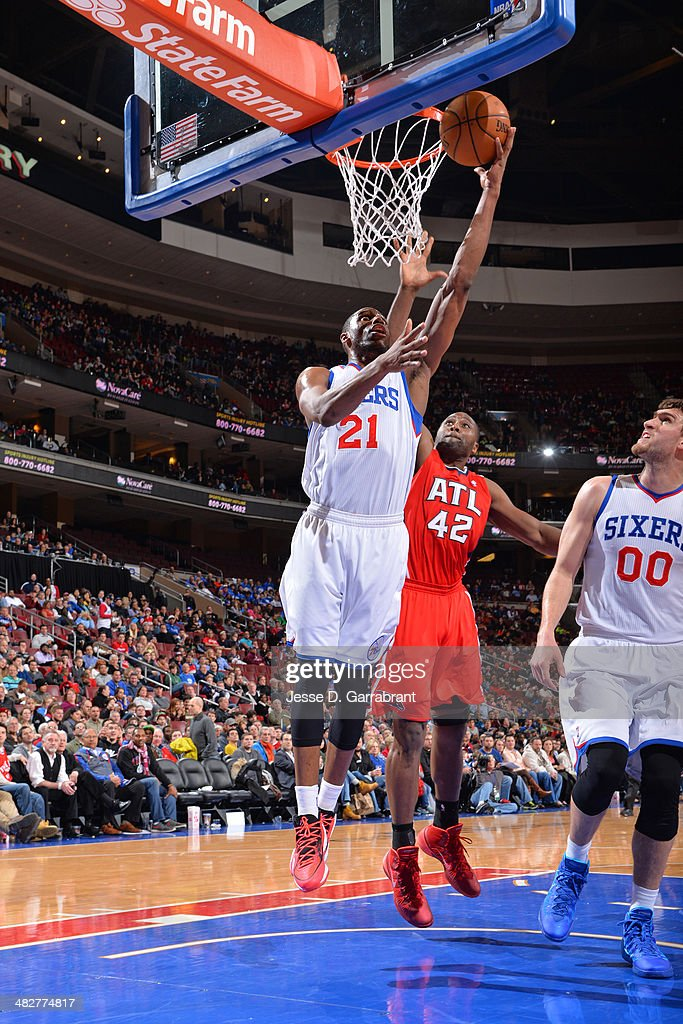 <a gi-track='captionPersonalityLinkClicked' href=/galleries/search?phrase=Thaddeus+Young&family=editorial&specificpeople=3847270 ng-click='$event.stopPropagation()'>Thaddeus Young</a> #21 of the Philadelphia 76ers shoots against the Atlanta Hawks at the Wells Fargo Center on January 31, 2014 in Philadelphia, Pennsylvania.