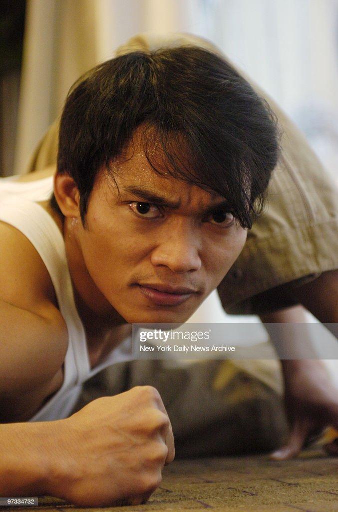 Thai kick-boxer <b>Tony Jaa</b> stars in the movie 'Ong-Bak, The - thai-kickboxer-tony-jaa-stars-in-the-movie-ongbak-the-thai-warrior-picture-id97334732
