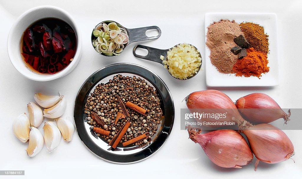 Thai massaman curry ingredients : Stock Photo