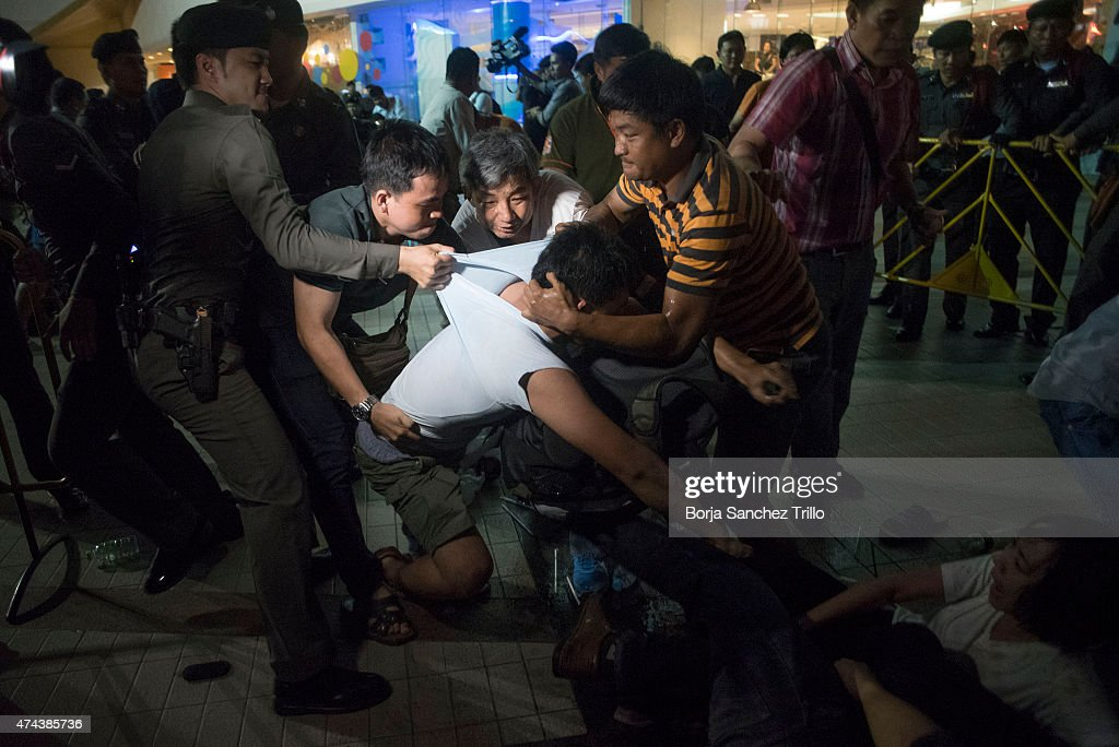 thailand prayuth chan ocha cinemas students arrested