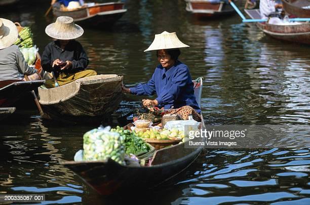 Thailand, Bangkok, floating market of Damoen Saduak, woman vendor