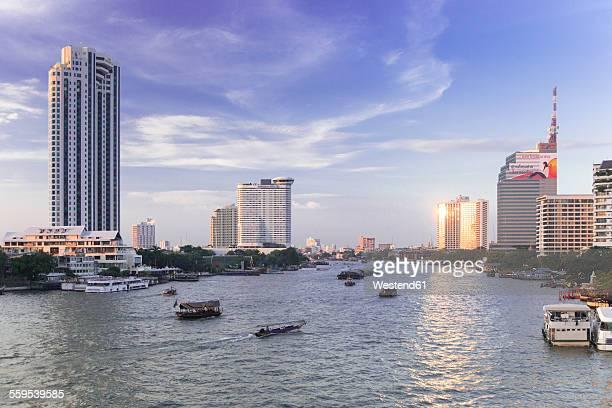 Thailand, Bangkok, skyline with Chao Phraya River
