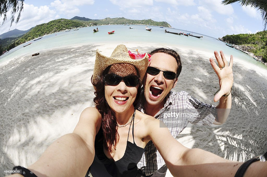 Thailand, Koh Phangan, Coupleat Thong Nai Pan beach