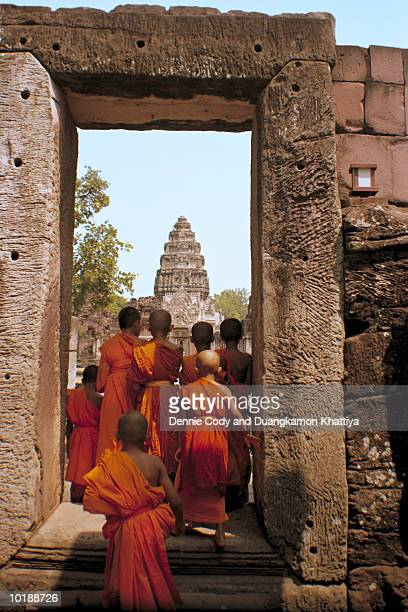Thailand, Phimai Ruins, young buddhist novices
