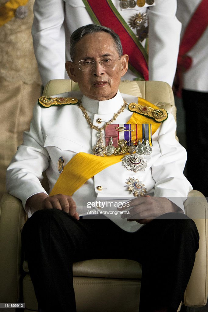 Thailand's King Bhumibol Adulyadej leaves the Siriraj Hospital to go to The Grand Palace on December 5, 2011 in Bangkok, Thailand. King Bhumibol is celebrating his 84th birthday today and is Thailand's longest serving monarch, having reigned as King since 1946.