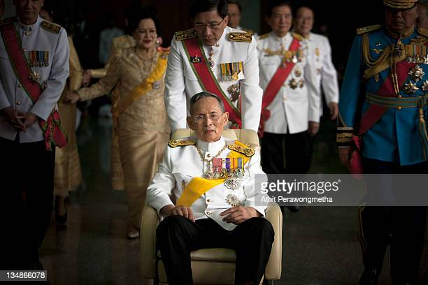 Thailand's King Bhumibol Adulyadej leaves the Siriraj Hospital to go to The Grand Palace on December 5 2011 in Bangkok Thailand King Bhumibol is...