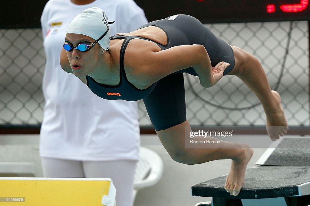 Thais dos Santos Resende competes in girls 50m freestyle Junior 1 during Julio Delamare Trophy at Botafogo Aquatic Park on December 07, 2013 in Rio de Janeiro, Brazil.