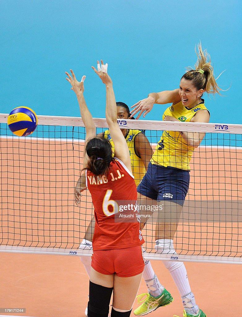 China v Brazil - FIVB World Grand Prix Sapporo 2013 Day 5