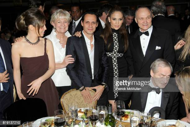 Thalia Mottola Veronica Kelly Marc Anthony Jennifer Lopez and Commissioner Raymond Kelly attend NEW YORK CITY POLICE FOUNDATION 32nd Annual Gala at...
