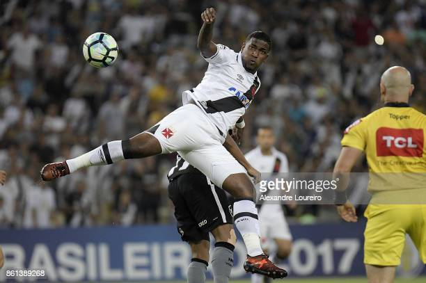 Thalles of Vasco da Gama in action during the match between Vasco da Gama and Botafogo as part of Brasileirao Series A 2017 at Maracana Stadium on...