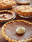 Thanksgiving pies, (Close-up)