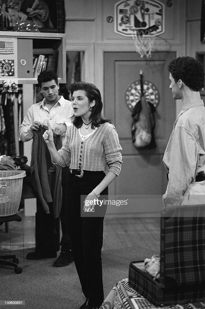 YEARS 'A Thanksgiving Story' Episode 11 Air Date Pictured Mario Lopez as AC Slater Tiffani Thiessen as Kelly Kapowski Dustin Diamond as Screech...