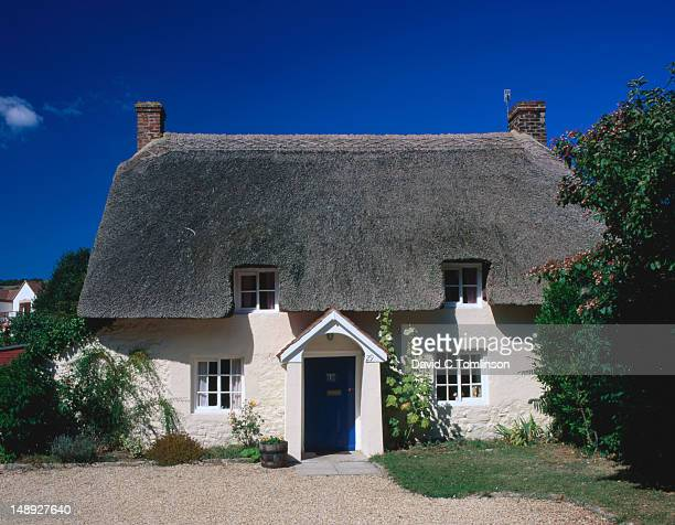 Thatched cottage in West Lulworth.