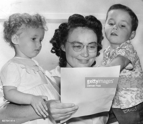 AUG 19 1952 'That's For Me' Dickie Denver Orphans home tot points to the Community Chest's 1952 campaign goal that will mean food clothing and...
