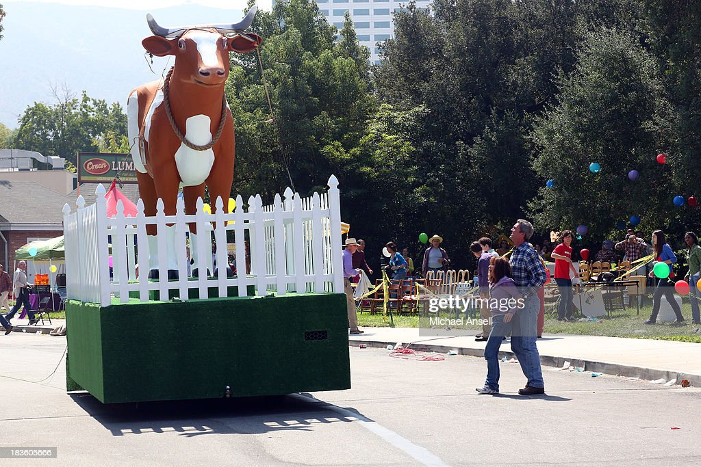 THE MIDDLE - 'The 100th' - Marking the 100th episode milestone of 'The Middle,' the citizens of Orson, Indiana celebrate the Orsontennial - the town's 100th anniversary. During this momentous event, Frankie and Mike find themselves begrudgingly trying to drive a giant cow float in the parade; Axl, Sean and Darrin resurrect Boss Co. and attempt to make some big bucks by setting up a VIP area to view the festivities; Sue, still crushing on Darrin, tries to make him jealous by pretending to be dating Brad again; and Brick tries to earn himself a place in Orson history by entering a contest to come up with the town's new motto, which will be used for the next 100 years, on 'The Middle,' WEDNESDAY, OCTOBER 23 (8:00-8:30 p.m., ET) on the ABC Television Network. MCDERMOTT