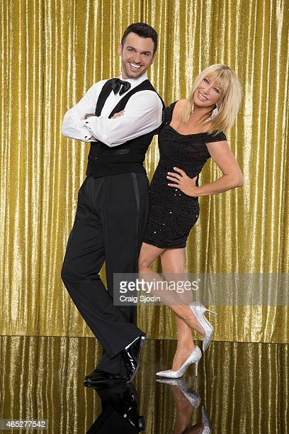 DOVOLANI The 10th anniversary celebrity cast of 'Dancing with the Stars' is strapping on their ballroom shoes and getting ready for their first dance...