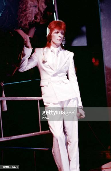 Midnight special pictures getty images for 1980 floor show david bowie