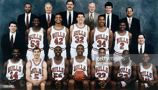 The 199091 NBA Chicago Bulls pose for a team portrait in Chicago IL Front row Craig Hodges John Paxson Horace Grant Bill Cartwright Scottie Pippen...